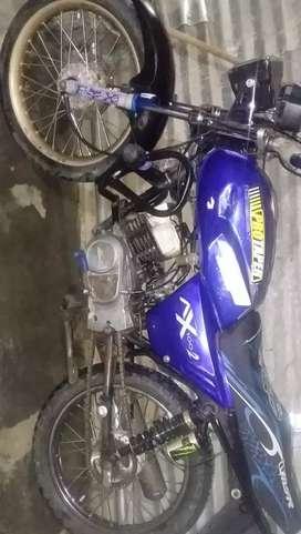 Se vende moto en 600.000