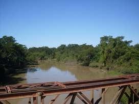 Campo con costa Río Bermejo en Formosa