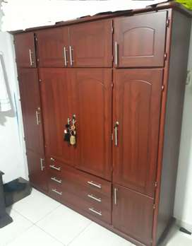 Vendo closet en buen estado