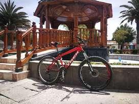 Vendo una bici Trek aro 26 para mtb y paseo