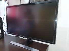 """Se vende monitor samasung de 28"""""""