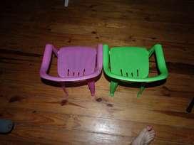Par de sillitas para niños
