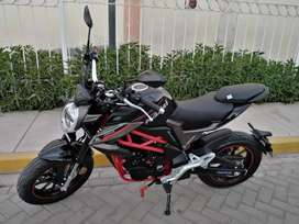 Moto deportiva NAMI