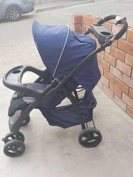 Coche para bebé (Infanti) + Silla para auto SEMINUEVO - POCO USO
