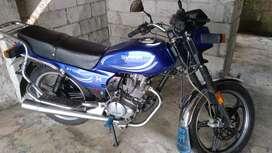 Moto shineray 150 en buen estado un solo dueño