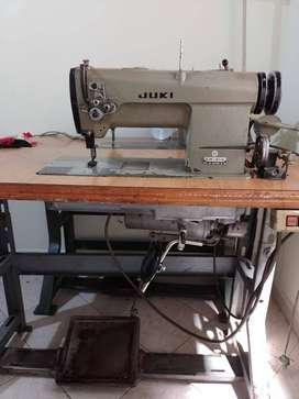Máquina industrial Juki dos agujas