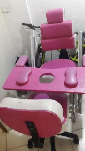 Vendo silla de manicure y pedicure.favorable