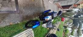 Venta de moto yamaha, papeles al dia, hasta el otro año