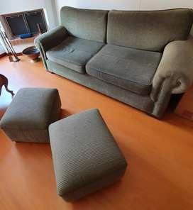 Sofa verde seto de muebles&accesorios incluye 2 puff