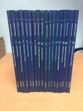 Coleccion de libros de historia, son dieciocho libros en total. Historia Universal de Clarinros en excelente estado