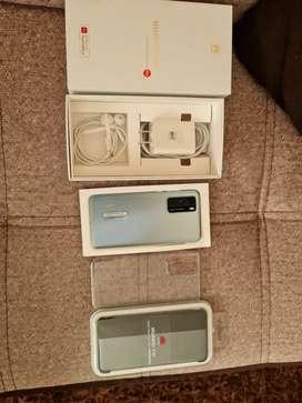 Vendo o cambio  Huawei p40 dual sim versión 8gb y 128gb con todo lo de la foto