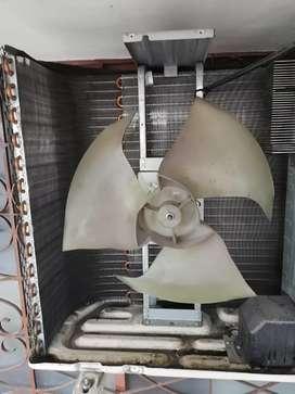 Mantenimiento y reparación de Aire acondicionado, lavadoras y neveras