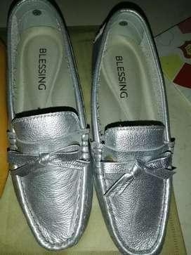 Zapatos dama  %cuero