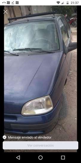 Renault Clio 98 naftero 5 puertas full