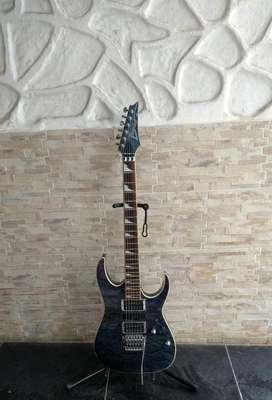 Guitarra Eléctrica Ibanez RGAX-1 azulada con Floyd