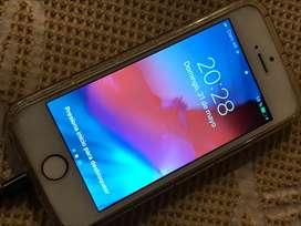 iPhone 5s 16GB gold usado, liberado para todas las compañías