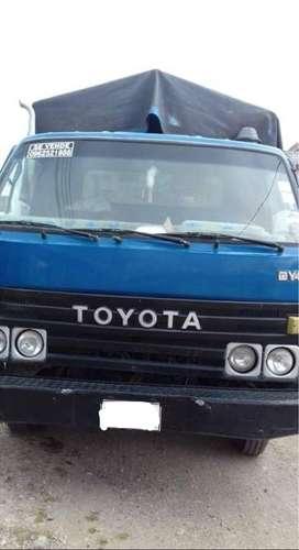Vendo camion Toyota
