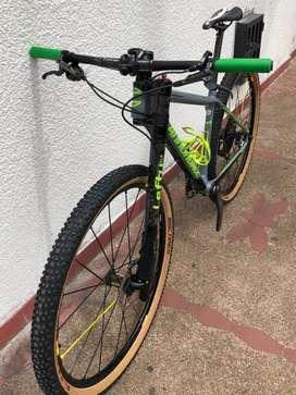 Bicicleta canondale f-si team 2018 talla M