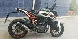Se vende KTM DUKE 250