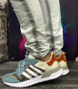 Zapaltillas Adidas questar para caballero