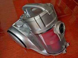 Aspiradora Black Decker 1800w Compact Dual Cyclonic Pro
