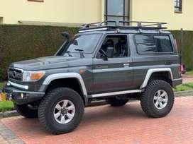 Toyota macho 1998 actualizada a 2013 hermosa