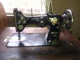 Maquina de Coser Pfaff 130 Clásica