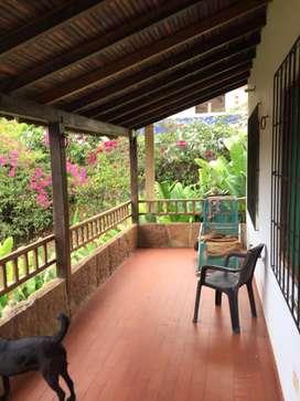 Se vende Cabaña Campestre en el municipio de Curiti  Condominio Casa Grande.