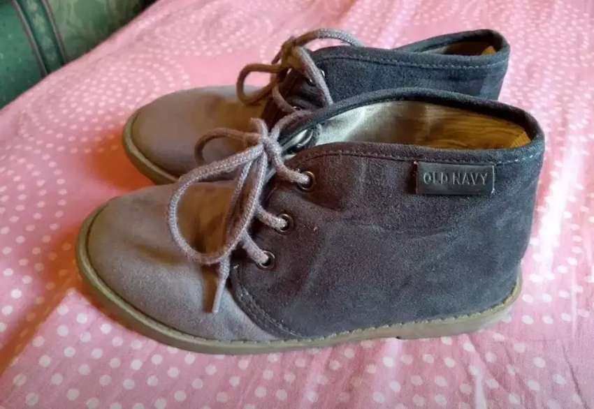 Zapatos oldnavy talla 22 niño