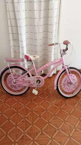 Bicicleta niña + coche de bb.. Juguete. Exelente estado