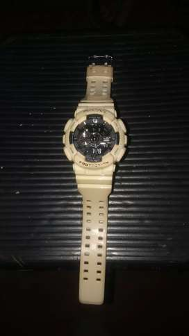 Reloj max blanco