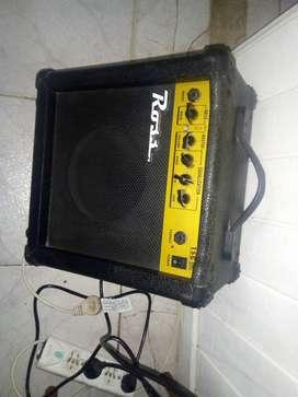 Amplificador de guitarra de 15 wats