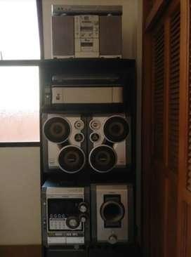Equipo de Sonido, impresora, DVD y demás
