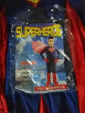 Vendo disfraz de superman
