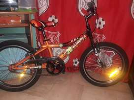 BICICLETA R20 IMPECABLE