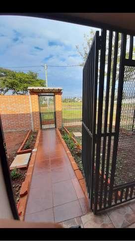 Alquilo casa nueva por día Miguel Lanús Posadas  a cuatro cuadras de Playas costa Sur