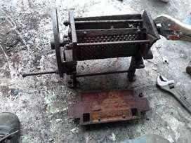 Vendo máquina antigua de pelar café está toda completa