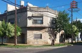 EXCELENTE OPORTUNIDAD PH 3 AMB DE 193 M2.PATIO. PARRILA Y TERRAZA (permuta)  * Caseros