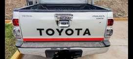 Se vende camioneta haylux SRV full equipo 4 X 4