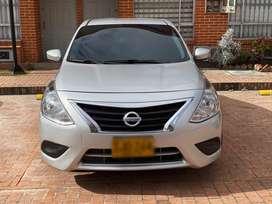 Venta de Nissan Versa Automatico 2016