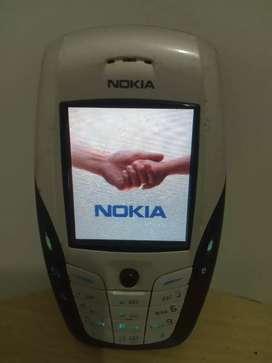 NOKIA 6600 CLASSIC andando perfectamente para Personal único detalle no tiene la tapita trasera LEER BIEN