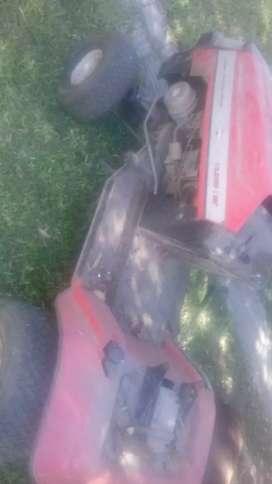 Vendo o permuto tractor cespero mtd