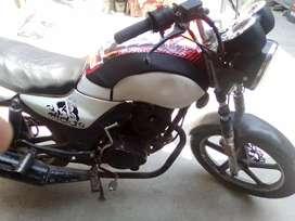 Se vende moto Thunder