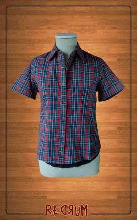 Camisa escocesa de mujer talle S NUEVA
