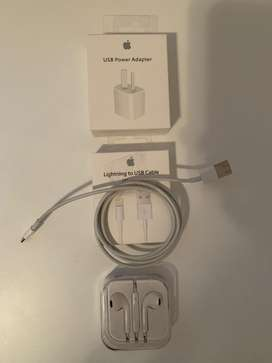 IPHONE Set de cargador, cable y auriculares para iphone segunda mano  Caballito, Capital Federal