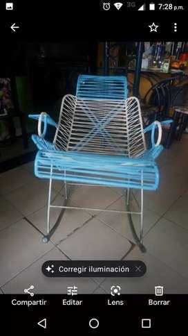Vendo silla mecedora