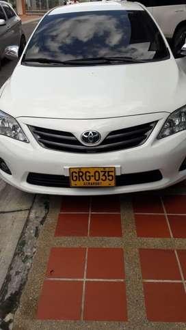Corolla 2012 con 73.000 kms originales, llantas nuevas, todo al dia