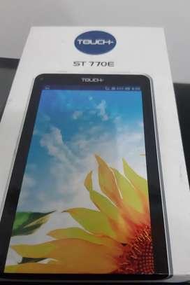 Tablet marca Touch- nueva en caja con acsesorios