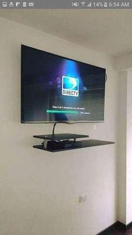 soporte de TV mas REPISA todo instalado