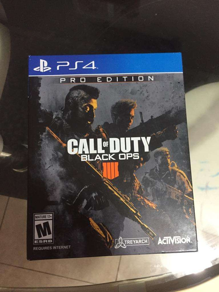 Call Of Duty 4 Pro Edition y Marvel 0